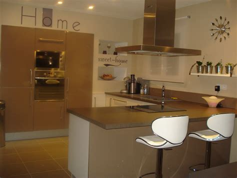 cuisine mur taupe awesome cuisine beige mur taupe gallery design trends