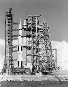 1 96 Saturn V