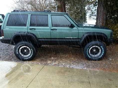 green jeep cherokee lifted fs noratl 1997 jeep cherokee sport lifted jeep