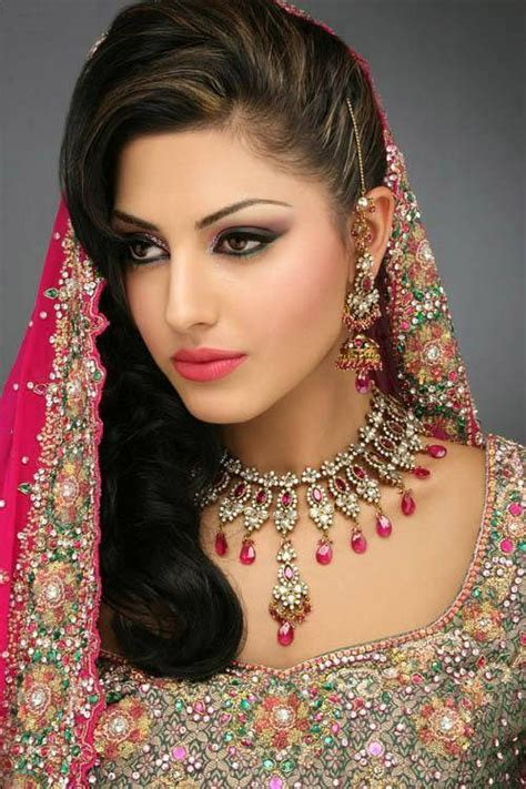 Most Beautiful Indian Brides Picsin Gorgeous Dresses The