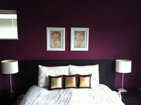 i want to paint my bedroom bedroom accent wall beautiful shade of purple this is