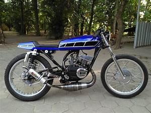 Yamaha Rx A  yamaha rx 100 wikipedia  yamaha rx king 135 cafe racer