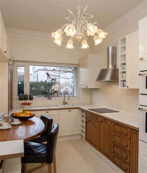 kitchens  chandelier lighting