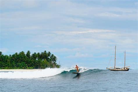 eksotisnya ombak kepulauan mentawai spot surfing