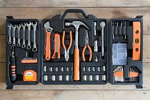 94 Outil De Bricolage : outils indispensables outils bricolage outils pour ~ Dailycaller-alerts.com Idées de Décoration