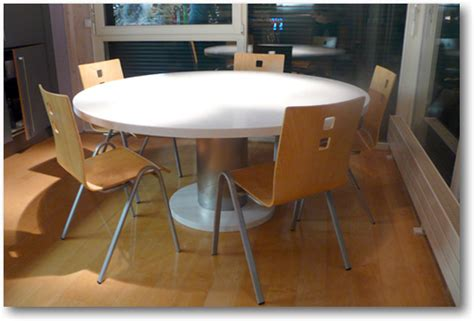table de cuisine but table de cuisine corian ronde crea diffusion