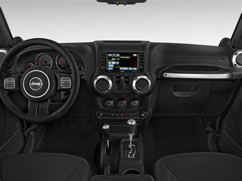 2017 jeep wrangler dashboard image 2017 jeep wrangler rubicon 4x4 dashboard size