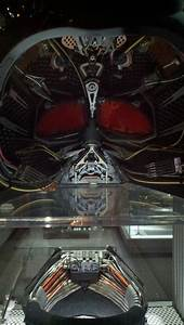 This is What Darth Vader's Helmet Looks Like... On the ...