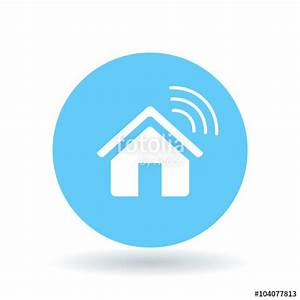 Smart Home Icon : smart home icon wireless house sign home automation app symbol white smart home icon on blue ~ Markanthonyermac.com Haus und Dekorationen