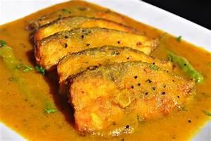 Machher Jhol (Bengali Fish Curry) Recipe Mareena's