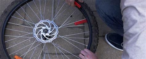 changer chambre a air velo comment changer un pneu de vélo canadian tire