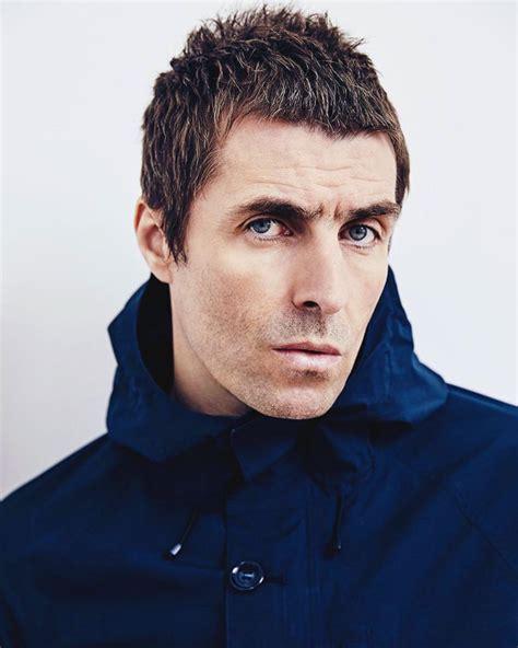 Liam gallagher è un fiume in piena: Liam Gallagher blasts Noel's 'upsetting' version of Champagne Supernova - OasisMania