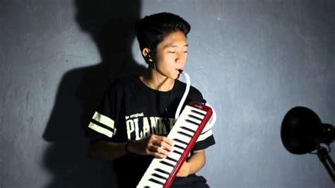 Alat musik ritmis ini sering digunakan untuk alat musik pengiring dan pengatur tempo lagu. 11 Contoh Alat Musik Melodis Beserta Gambar dan Penjelasannya
