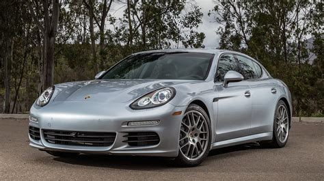 red porsche panamera 2017 porsche panamera turbo s 2017 wallpapers hd white black red