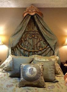 gorgeous gold tone bed crown real wood canopy