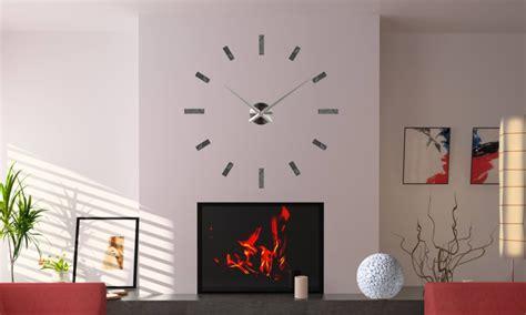 horloge murale aiguilles geantes maison design bahbe