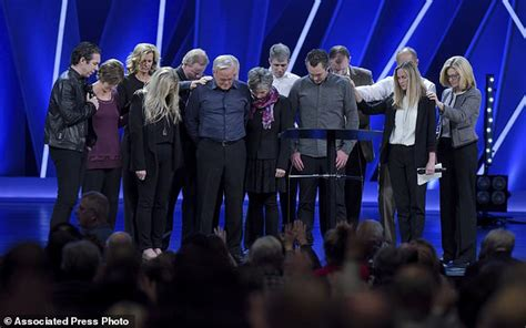 Founder Of Megachurch Quits Following Misconduct