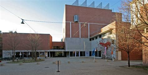 Davis Museum And Cultural Center Wellesley College At