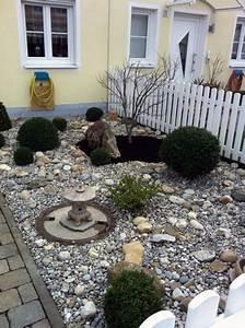 Japanischer Garten Pflanzen : japanischer steingarten ~ Markanthonyermac.com Haus und Dekorationen