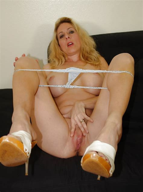 Amateur Wife Posing In White High Heel Mules 24 Pics