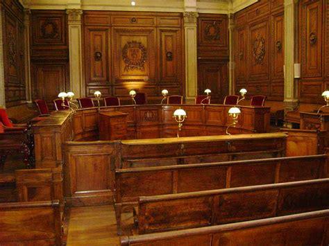 avocat defense victimes lyon gabriel versini bullara cursus barreau de lyon