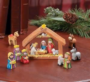 9pcs mini christmas nativity set stable with jesus mary joseph wisemen new ebay