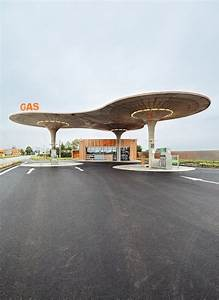 Journal Du Design : gas station par atelier sad journal du design ~ Preciouscoupons.com Idées de Décoration