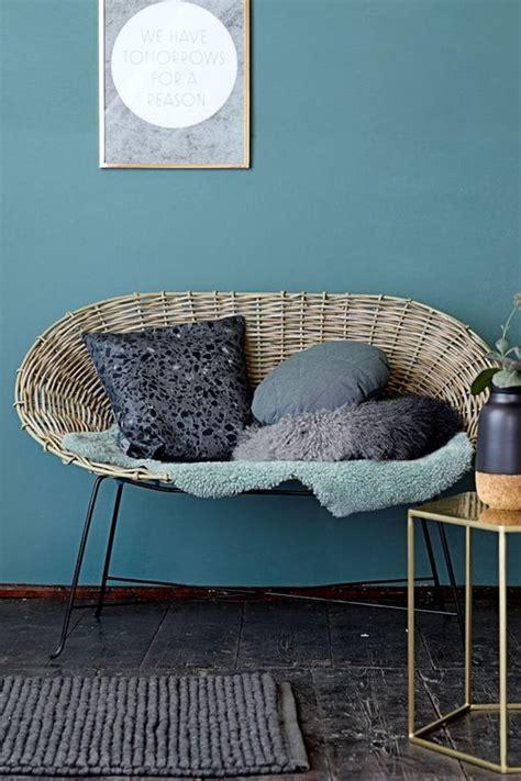 marques de canap駸 canap bleu ptrole great dessus de lit ou jett de canap en dentelle ancienne bleu
