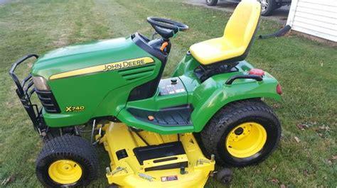 john deere  diesel garden tractor mint shape