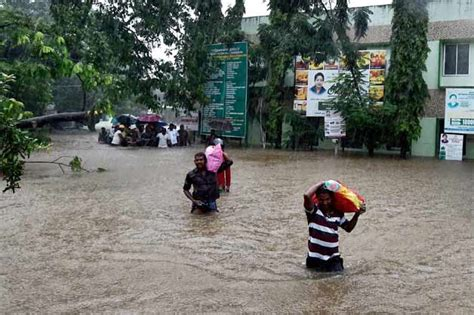 Boat Service Centre In Chennai by Chennai Airport Closed Due To Heavy Rains Army Called In