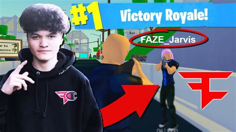 faze jarvis  banned   played strucid roblox