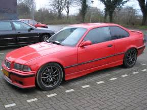 file bmw 318is coupe 1992 frontleft jpg wikimedia commons