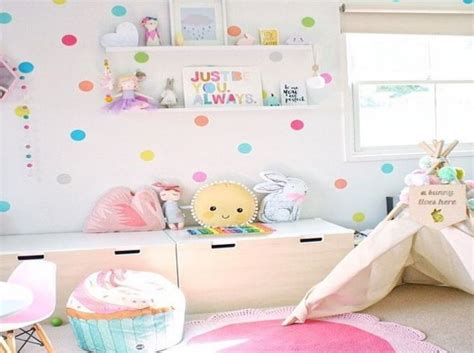 prachtige babykamers met felle kleuren