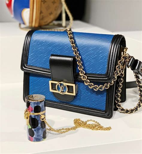 preview  louis vuitton spring summer  runway bags spotted fashion