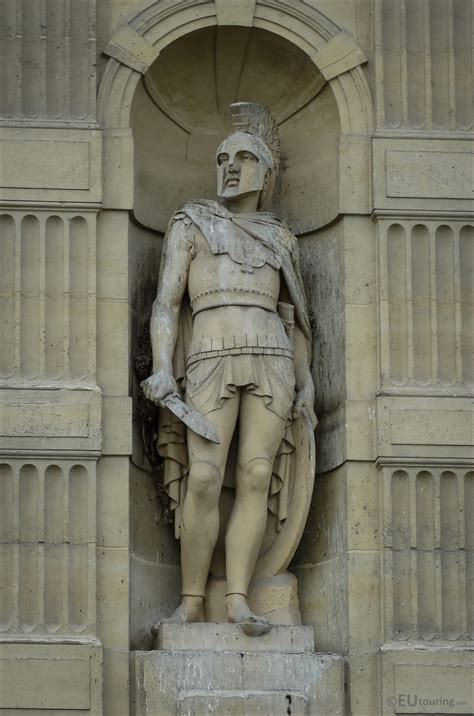 Photos of The Etruscan Warrior statue at Musee du Louvre ...