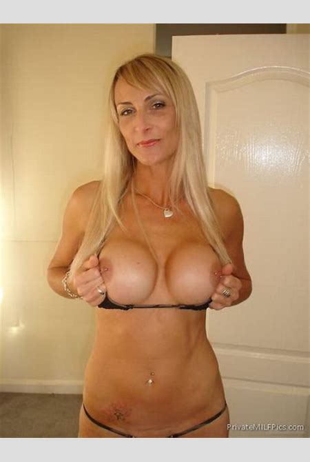 Blonde MILF Shows Off Her New Boobs | Private MILF Pics