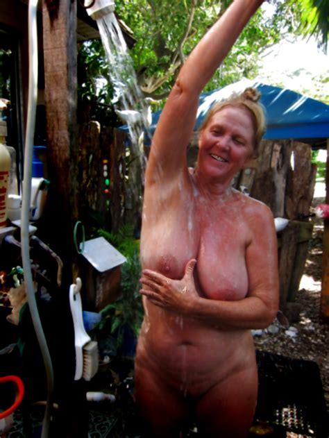Amateur Mature Pictures Nude Moms Voyeur
