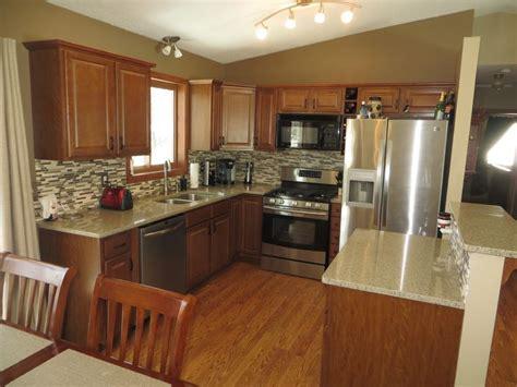gorgeous kitchen  split entry home  sale  ramsey