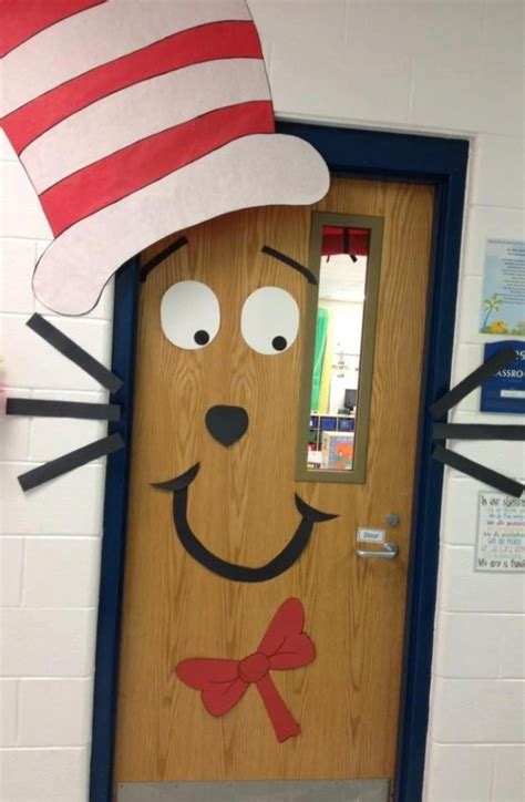 classroom door decorations 42 totally great dr seuss things to