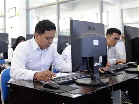 Cara melihat hasil skd dan peserta skb cpns kementerian agama provinsi dki jakarta 2018 sedang banyak dicari saat ini. Lokasi dan Materi Tes CPNS Tegal di Udinus Semarang   Tagar