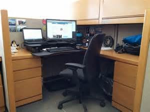 varidesk pro plus standing desk review