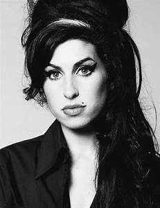 amy winehouse pretty - Google Search | pochoir | Pinterest ...