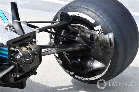 Now mercedes have brought it back but it is activated by the drs, making it perfectly legal under the technical regulations. Red Bull F1 Brake Ducts