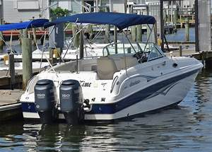 Hurricane 260 Sun Deck 2004 For Sale For  27 900