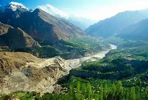 People of Pakistan: Hunza valley
