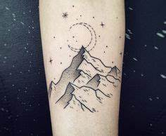 Tatouage Paysage Montagne : 37 meilleures images du tableau tatouage montagne awesome tattoos ideas et mountain sleeve tattoo ~ Melissatoandfro.com Idées de Décoration