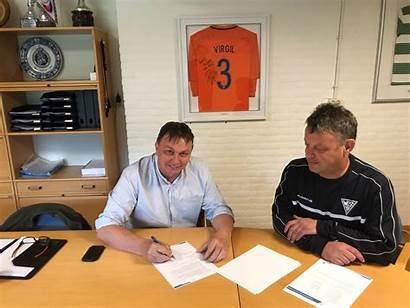 Contract Smulders Tekent Gijs Wds