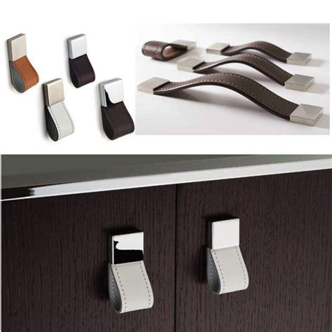 qualit 233 design 233 l 233 gant poign 233 e en cuir meubles