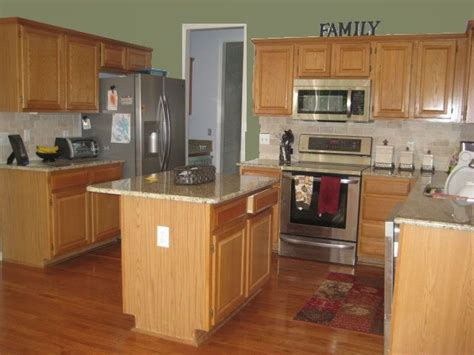 kitchen wall color with oak cabinets 17 best images about sherwin williams greens on 9615