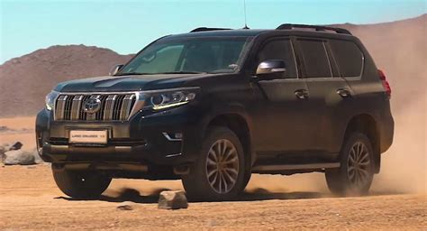 2018 Toyota Land Cruiser Is Still Built For Offroading